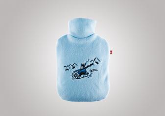 Ökowärmflasche «Bub auf Schlitten»